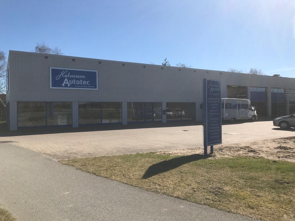 Halvorsen Autotec på Industrivej 1 i Vissenbjerg